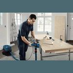 Plaina Bosch GHO 700 com 700W 127V, 2 Lâminas e Saco coletor de pó Professional