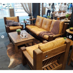 Sala De Estar Com Sofá Três Lugares + 2 Poltronas + Mesa De Centro - Tafona