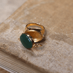 Anel Relicário Secret Jade Verde Dourado | Coleção Guta Virtuoso