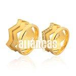 Alianças de ouro 18k de coroa com zirconias