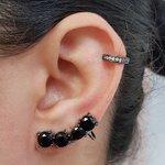 Kit De Brinco Ear Cuff e Piercing Fake Zircônia Grafite Preto