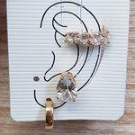 Kit De Brincos e Piercing Fake Gota Dourado Branco