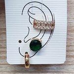 Kit De Brincos e Piercing Fake Círculo Dourado Verde