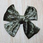 Bico De Pato Laço Verde Militar