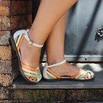 Sandália Ariane em couro Marfim J.Gean