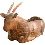 Escultura Bicho Fruteira