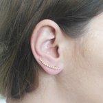 Brinco Ear Cuff Fino Semijoia Banho de Ouro 18K Mini Pérolas