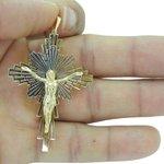Crucifixo em Ouro Vazado com Cristo