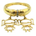 Anel com dois Pingentes de Meninas em Ouro e Diamantes