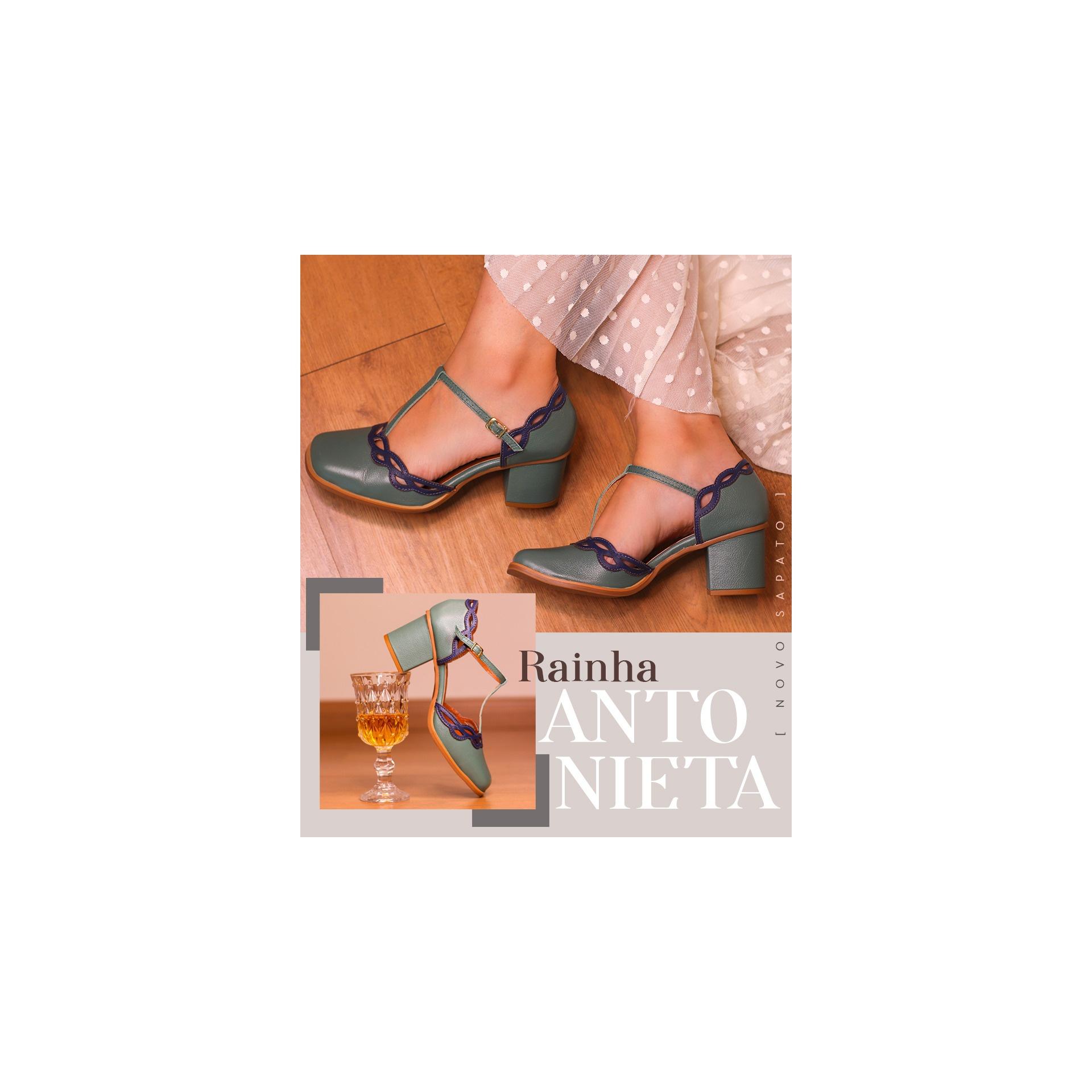 Coleção Rainhas - Antonieta
