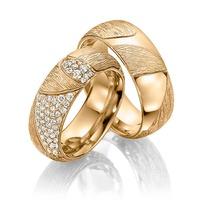 Aliança de Casamento em Ouro 18k Glamour com Diamantes