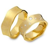 Aliança de Casamento Ondas com Diamantes