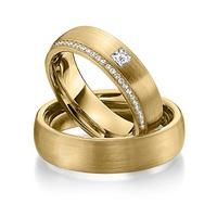 Aliança de Casamento Cravejada com Diamantes