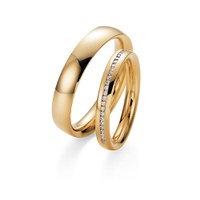 Aliança em Ouro Cravejada com Diamantes