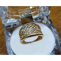 Anel em Ouro Amarelo e Branco 18k Concavo Diamantado