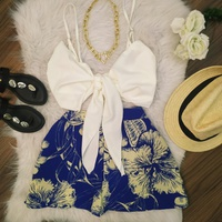 Conjunto Shorts e Cropped Branco Com Azul