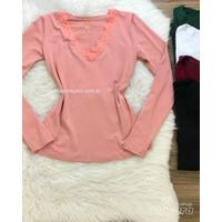 Blusa Básica Renda no Decote Rosa