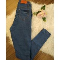 Calça Jeans Melinda Rasgos Escura