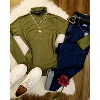 Blusa Básica Gola Alta Verde