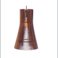 Pendente de Madeira Wood Versus P 1E27 3D - Jabu Elétrica, Hidráulica e Iluminação
