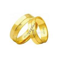 Alianças de Ouro 18k/750 com Diamantes AE184