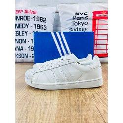 Tênis Adidas Superstar - TASN1 0ecf42d7435
