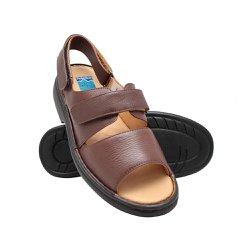 Sandália de Couro com Velcro - Marrom - FB653M - Pé Relax Sapatos Confortáveis