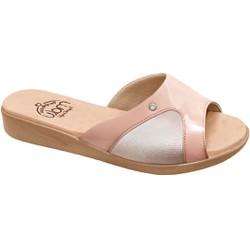 Tamanco Joanete e Esporão - Velvet Furos/ Lycra Bistro - MA14039VNB - Pé Relax Sapatos Confortáveis
