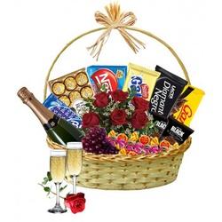Cesta de Chocolates Com Champanhe Meu Amor - 38175... - Bellas Cestas Online Salvador
