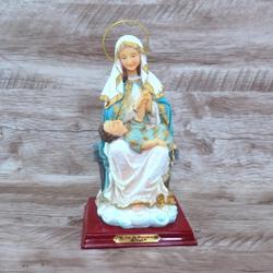 Imagem Resina- Nossa Senhora da Divina Providência... - Betânia Loja Católica