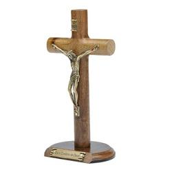 Crucifixo de Mesa Cilíndrica 17 cm- Eis o Cordeiro... - Betânia Loja Católica