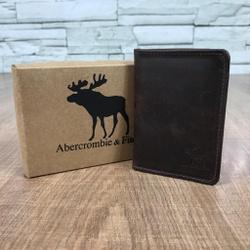 Porta Cartão Abercrombie Fóssil café - AB002 - Out in Store