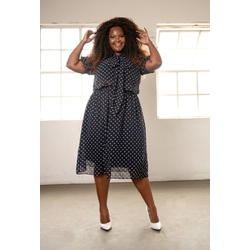 Vestido Gola Laço - Plus Size - DELPHINA