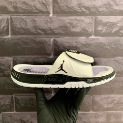 Chinelo Slide Jordan Hydro 11 Retrô Branco e Preto... - DROPSHOPONLINE