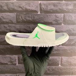 Chinelo Slide Jordan Hydro 11 Retrô Branco e Verde... - DROPSHOPONLINE