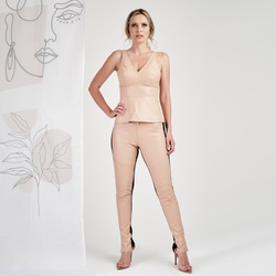 Calça de Couro Feminina Nude Cássia - ELITE COURO