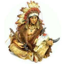 Índio Cacique com Cabeça de Boi Sentado - 5292 - ELLA ARTESANATOS