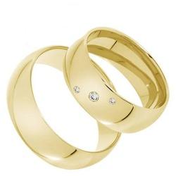 Par Alianças de Ouro 18 k Abaulada com 3 Zirconias... - Enlace Alianças de ouro 18k