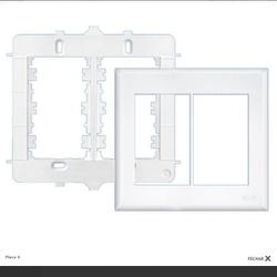 Placa 4x4 Com Suporte Para 6 Modulos Evidence Fame - FERRAGENS & BAZAR