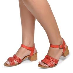 Sandália de Salto Baixo em Couro Vermelho - Flor de Couro | Sandálias e Botas Femininas
