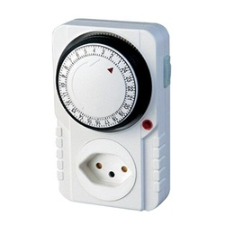 Timer Analógico Bivolt (2P+T) 2510 - Meta Materiais Elétricos Ltda