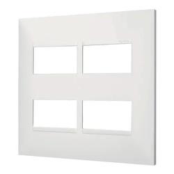 Placa 4x4 2+2 Postos Separados Branca- 18514BC-Pia... - Meta Materiais Elétricos Ltda