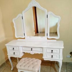 Penteadeira Provençal Em Madeira Maciça 3 Espelhos... - MOVEIS ANTIGUS