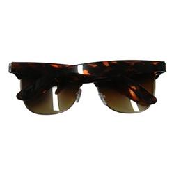 Óculos De Sol Feminino Varias Cores Fashion Em Pro... - MUSAKALL