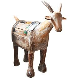 Escultura de Cabra de Tróia de Pé em Madeira G - D... - OFICINADEAGOSTO
