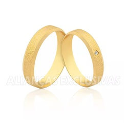 Aliança de Ouro Chanfrada Diamantada em Ouro 18k -... - Ouro Vale Joias