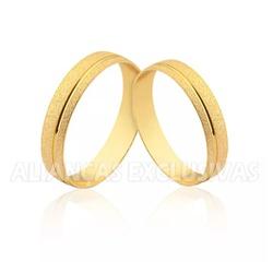 Aliança Diamantada e com Friso Polido em Ouro 18k ... - Ouro Vale Joias