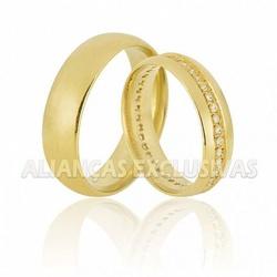 Par de Alianças com Diamantes em Ouro 18k - OV/607 - Ouro Vale Joias