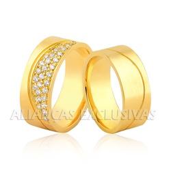 Aliança com Diamantes em Ouro 18k Grossa e Anatômi... - Ouro Vale Joias