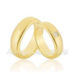Alianças com Diamante Carre em Ouro 18k - OV/1101 - Ouro Vale Joias